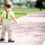 Mersul bebelusului: Cat rezista copilul sa mearga singur