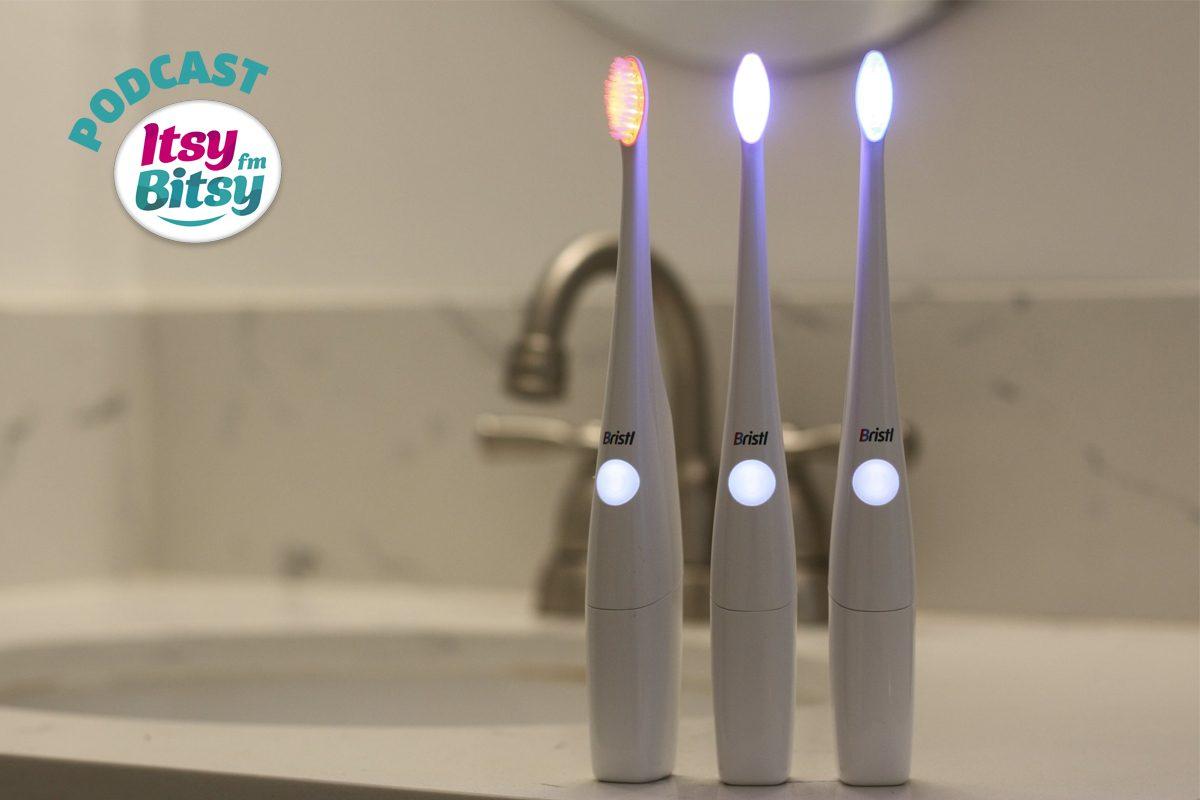 Gadgetul de Marti: Periuta de dinti care foloseste terapie cu lumina
