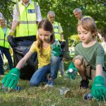 Cum implici copilul in actiuni de voluntariat