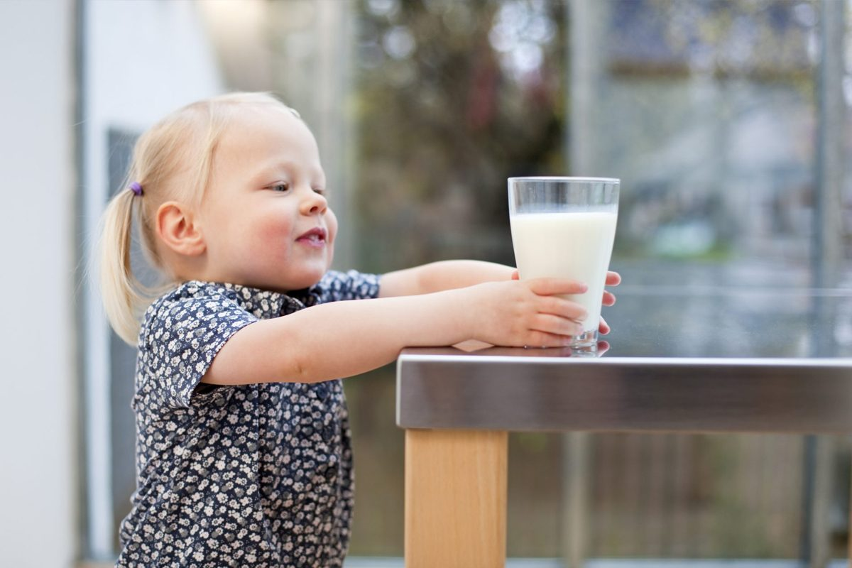 Cum suplimentezi alimentatia micutului cu intoleranta la lactoza