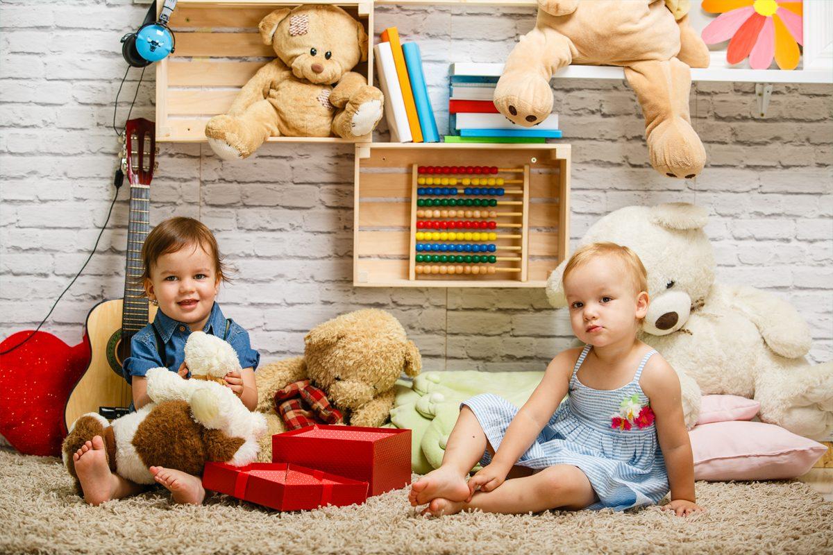 De ce copilul mic nu interactioneaza cu altii de varsta lui