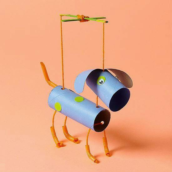 Marioneta din role de carton