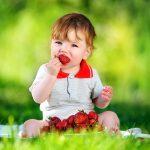 Fructe pentru bebelusi: Cate si cum le dam?