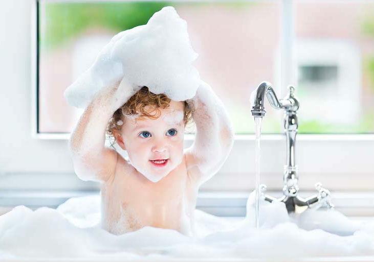 Cum ingrijesti corect pielea bebelusului