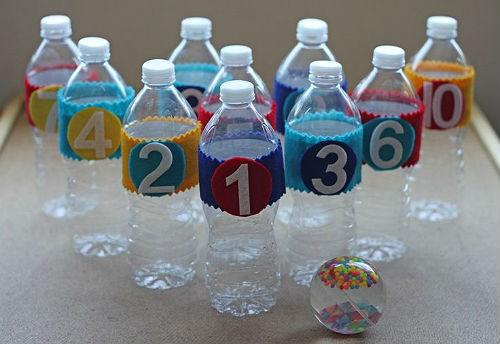 bowling cu sticle de plastic