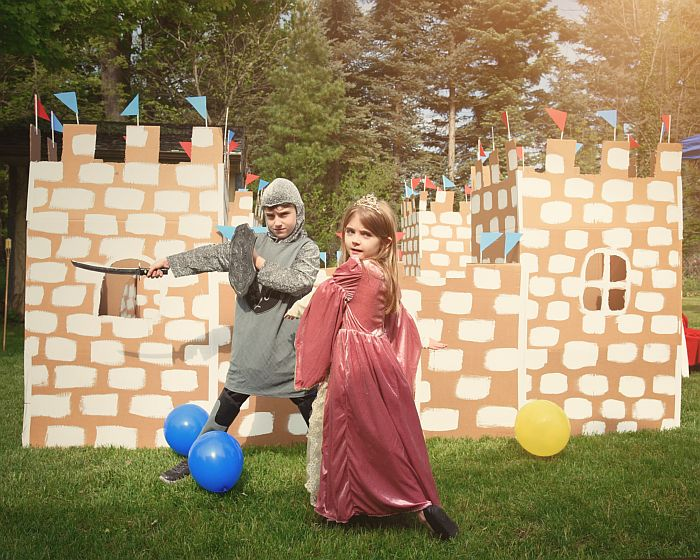 La 1uniFEST, copiii si parintii intra in Lumea Povestilor!