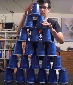 piramida-din-pahare