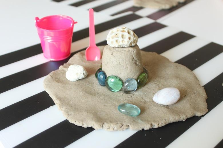Cum faci plastilina estivala, cu nisip