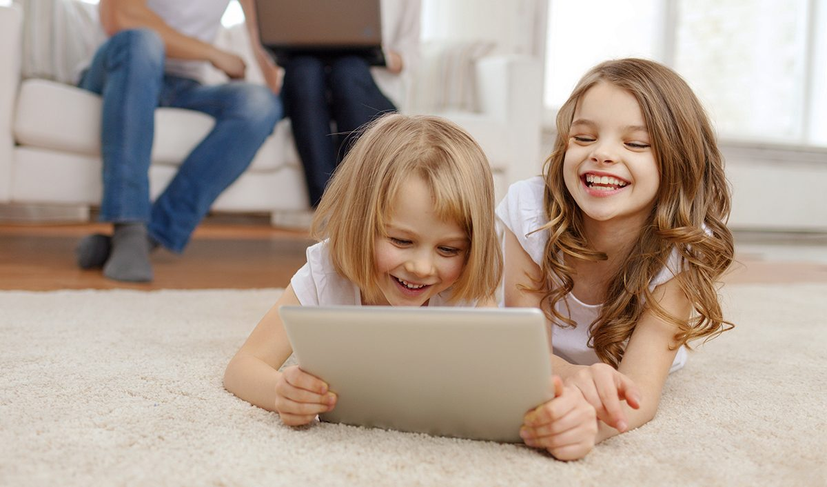 Copiii si tehnologia: Sfaturi pentru parinti