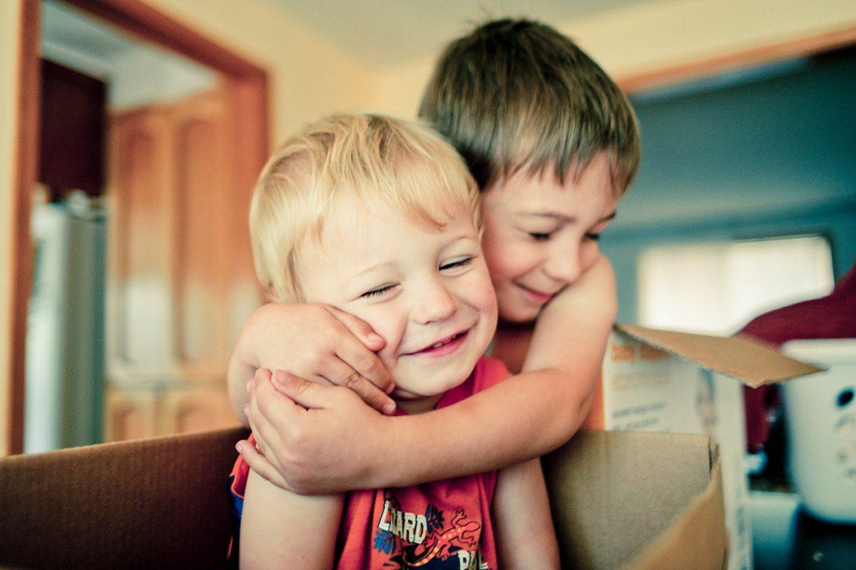 Cum construim o relatie intre frati vitregi