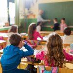 Ar trebui introdusa educatia sexuala ca materie obligatorie?