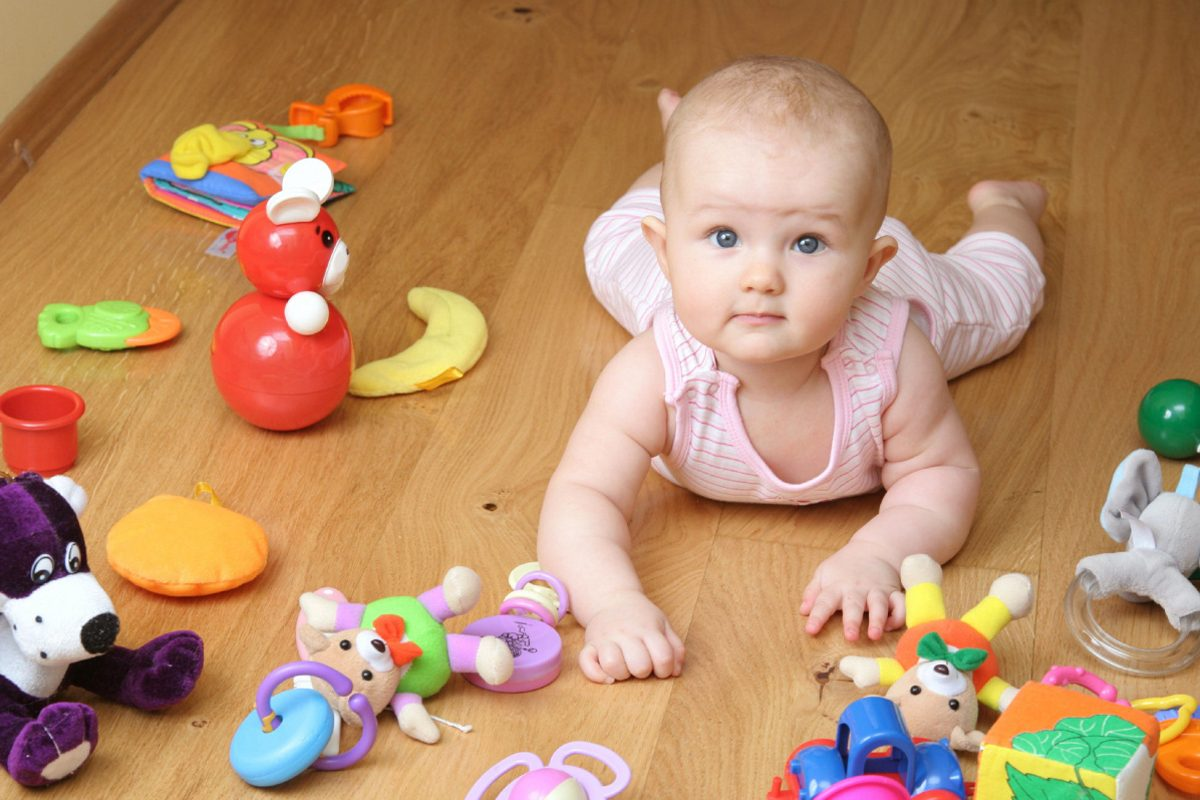 De ce nu sunt recomandate jucariile zgomotoase pentru bebe