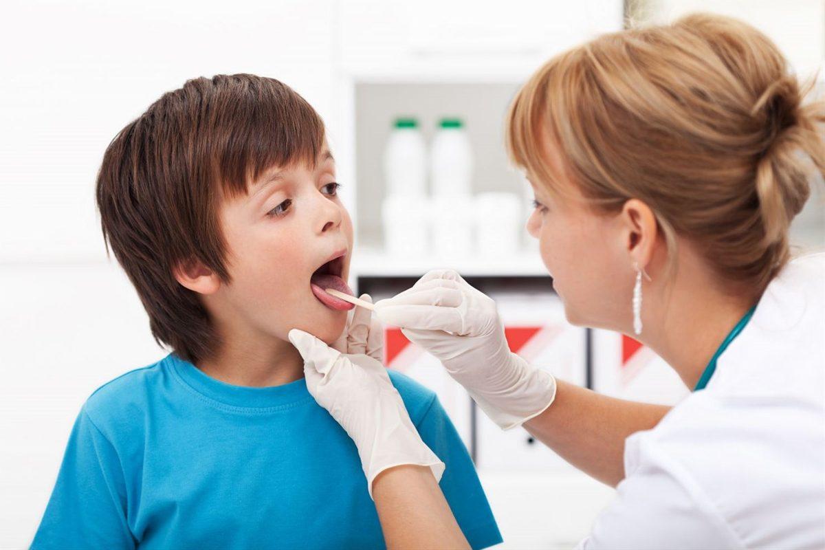 Aftele bucale la copii: Cauze si tratament