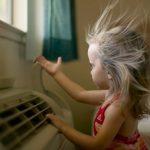 Folosim aparatul de aer conditionat cand avem copii mici?
