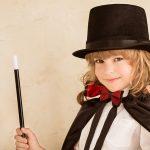 5 trucuri de magie pentru mici scamatori
