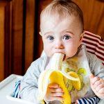 Bananele la bebelusi: Benefice sau contraindicate?