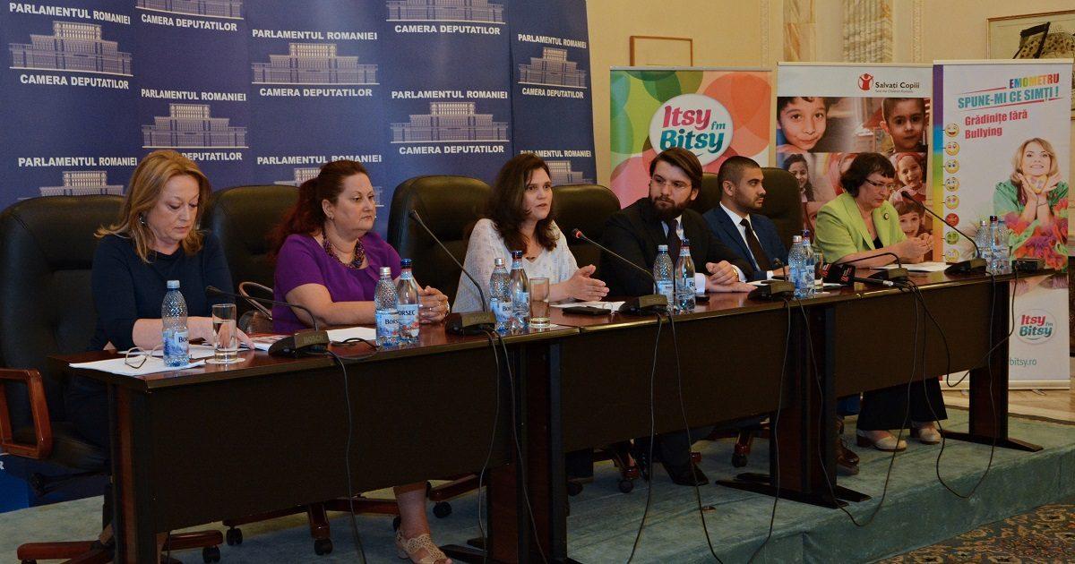 Bullying-ul reglementat prin lege: Doua initiative legislative se depun azi in Parlament