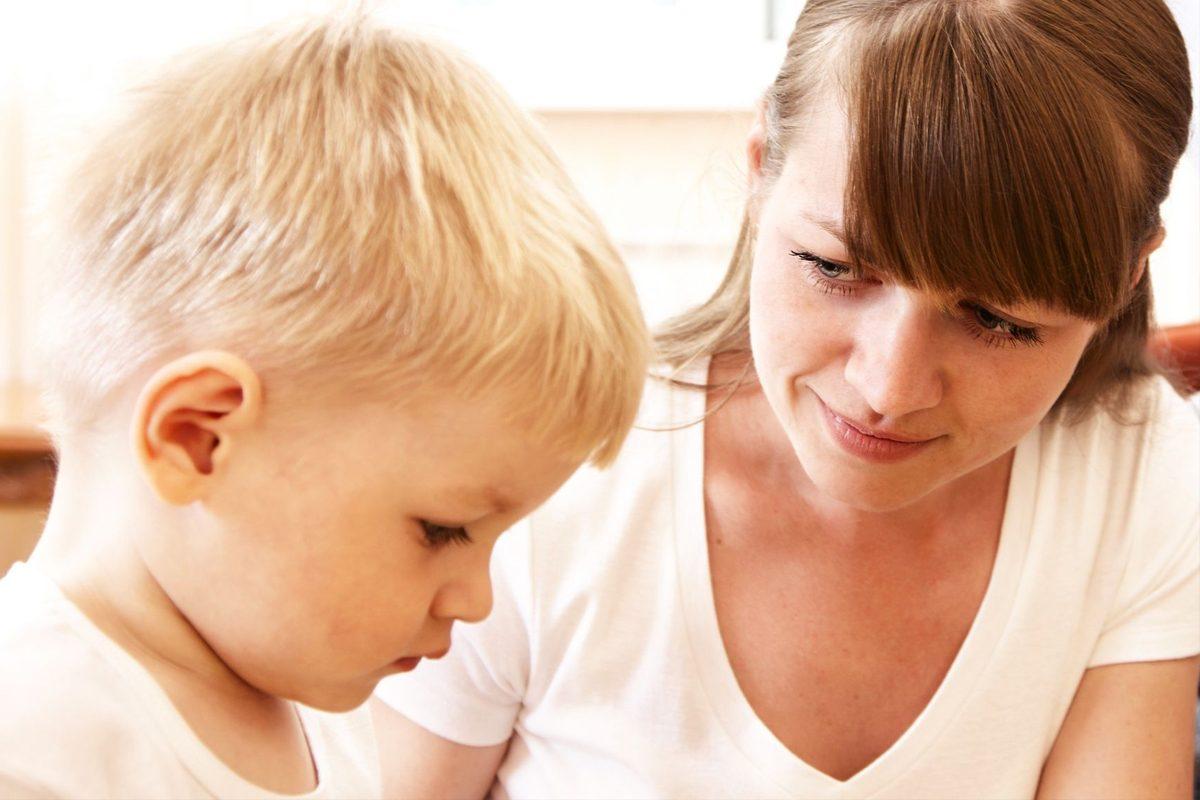 Vorbitul la copii: Cand este momentul sa te ingrijorezi