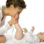 Cum incurajezi dezvoltarea motorie a bebelusului