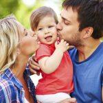 Bucuria de a fi parinte: La multi ani, copilarie!