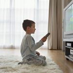 Influenta televizorului asupra copiilor de pana la 4 ani
