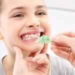 Aparatul dentar mobil: Cum ii ajuta pe copiii mici