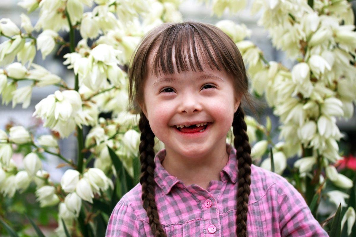 Care sunt caracteristicile copiilor cu Sindromul Down?