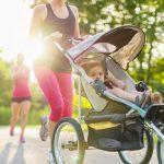 Sport cu bebelusul: Cum se mentin mamicile in forma