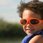 De ce sa luam ochelari de soare pentru copii