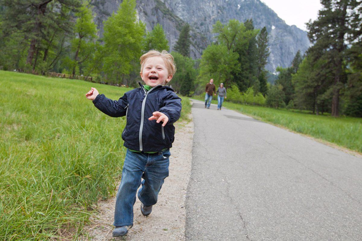 Ce sa faci cand copilul fuge de langa tine