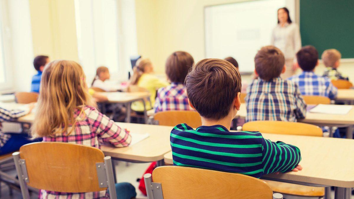Sanatatea copilului: Postura corecta la scoala