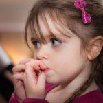 Ce ascund ticurile copiilor
