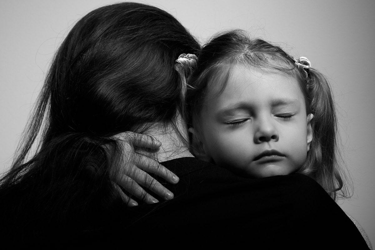 Ce ii spui copilului despre moartea unui parinte