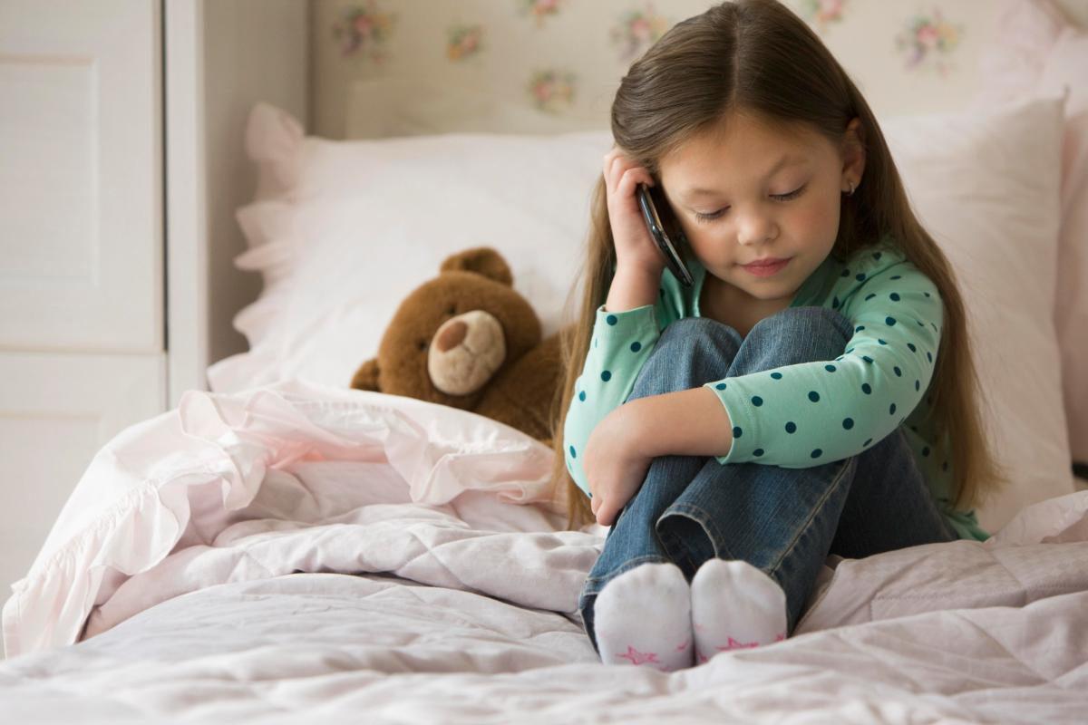 Solutie pentru abuzuri asupra copiilor: Telefonul Copilului