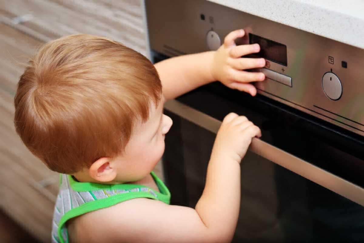 Siguranta copilului mic in casa