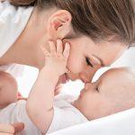 Cum pui bazele unui atasament securizant in relatia cu bebelusul tau