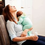 Importanta relaxarii pentru proaspata mamica