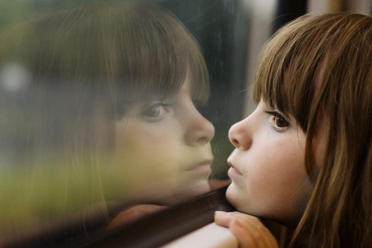 Copiii care cresc fara parinti si impactul emotional