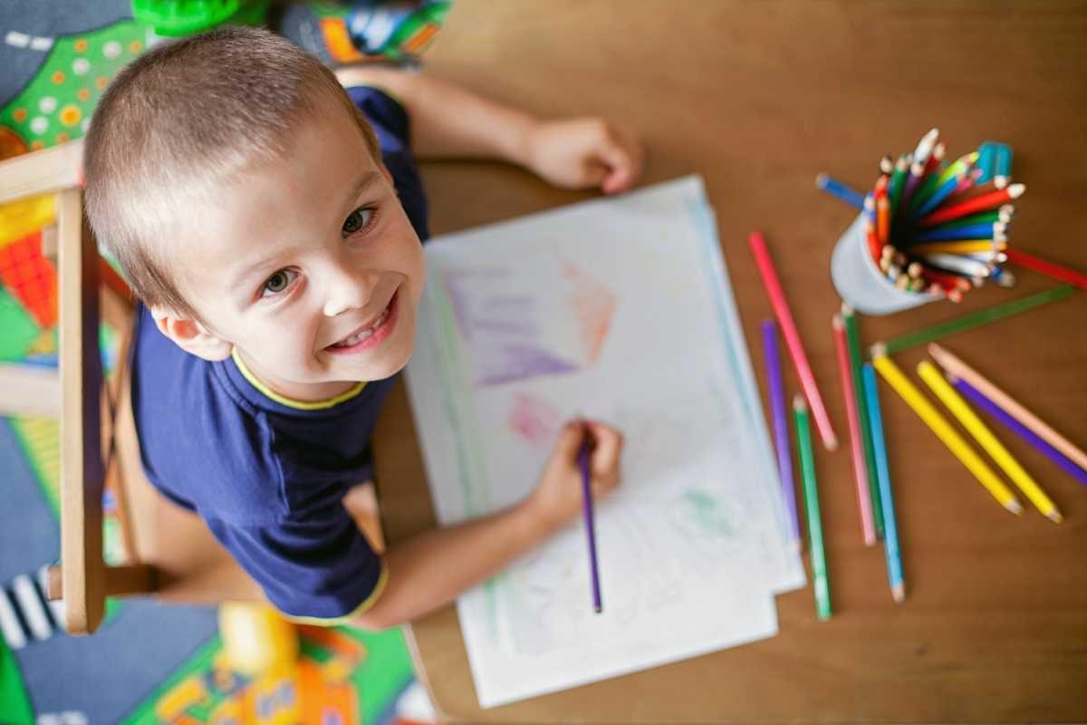 Unde gresesti cand incurajezi creativitatea copilului