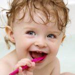 Periajul corect al dintilor: Sfaturi pentru copii